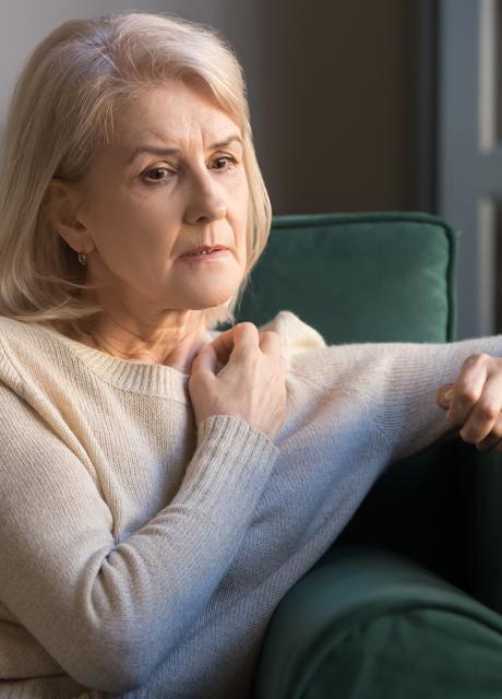 Demenz Frau macht sich Sorgen